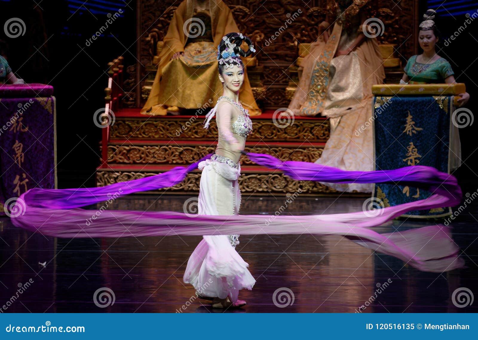 Ato sleeved longo da dança de corte 8-The em segundo: uma festa no ` de seda da princesa do ` do drama da dança da palácio-epopei