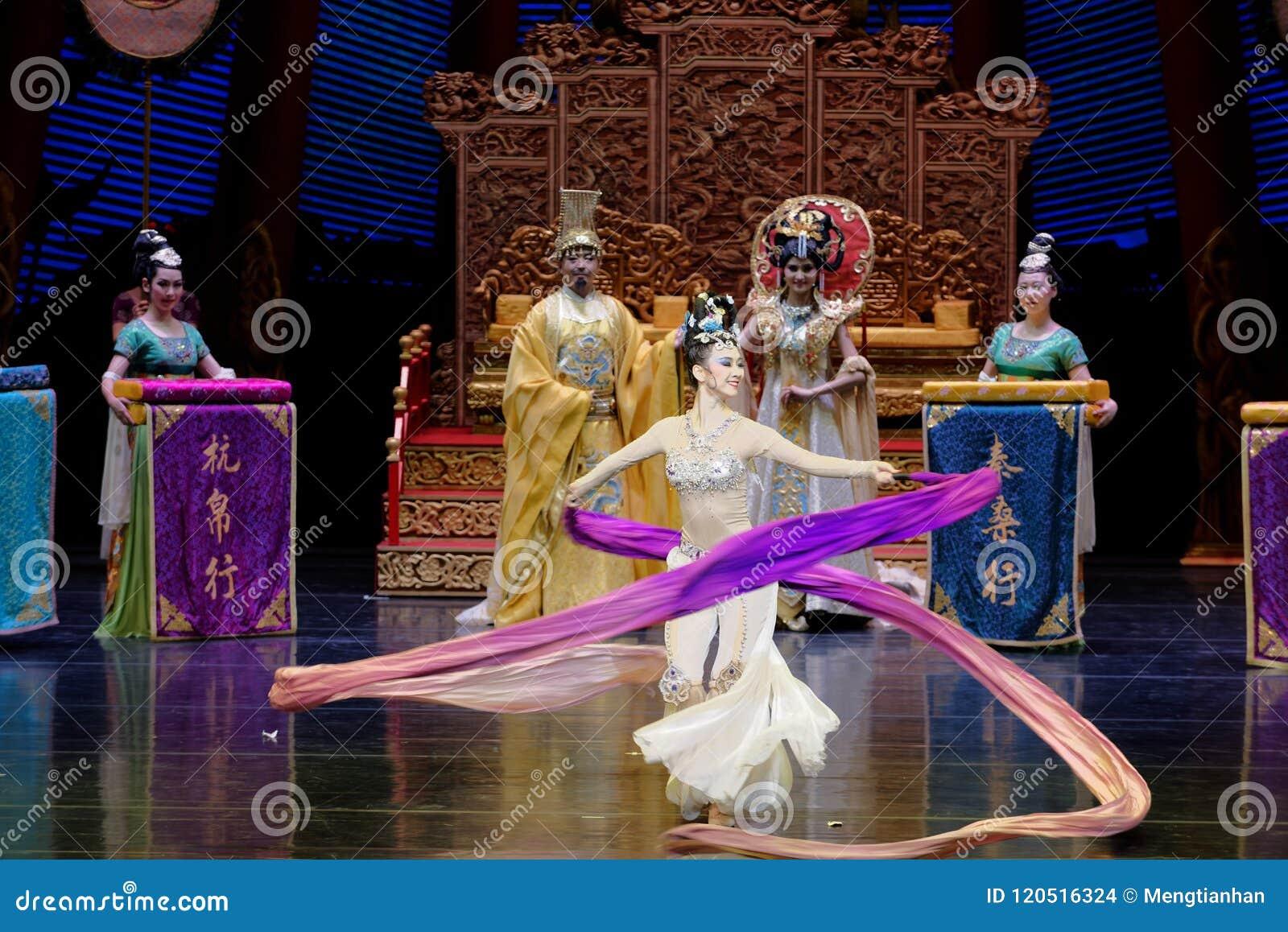 Ato sleeved longo da dança de corte 9-The em segundo: uma festa no ` de seda da princesa do ` do drama da dança da palácio-epopei
