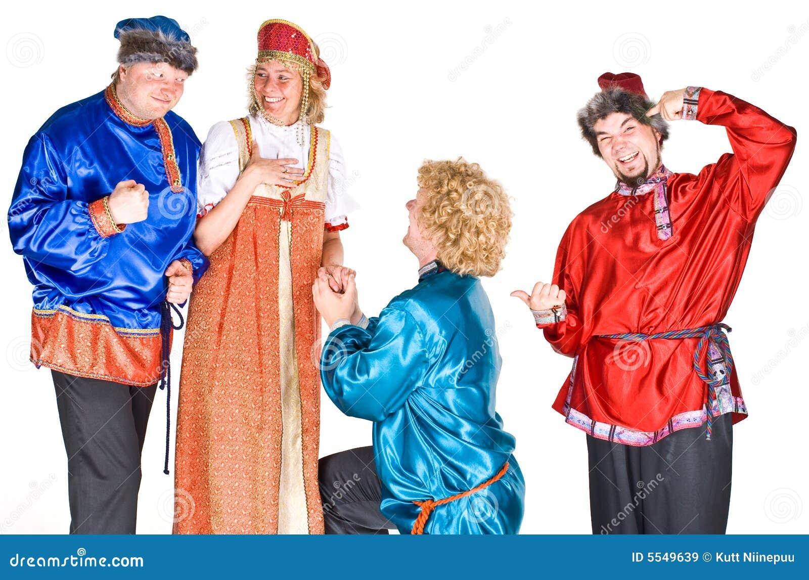 Atores em trajes do russo