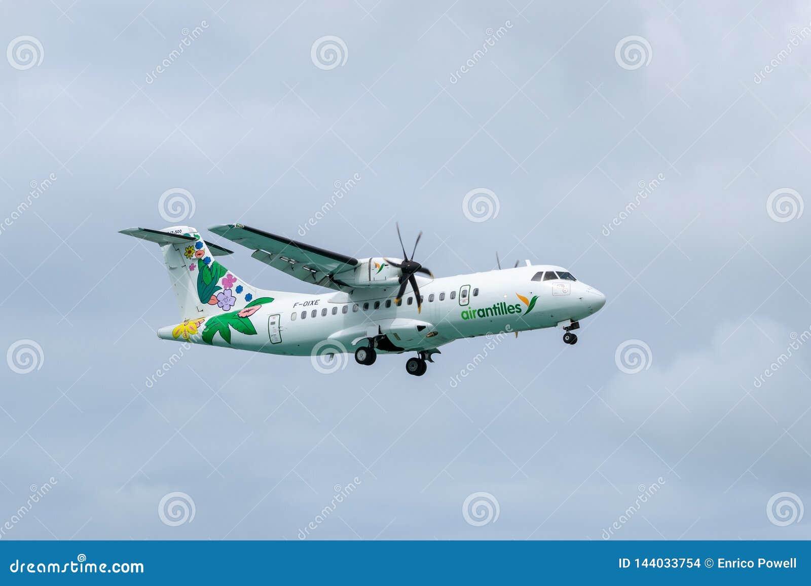 ATR régional 42-500 d avions de turbopropulseur jumeau moyen des Antilles d air