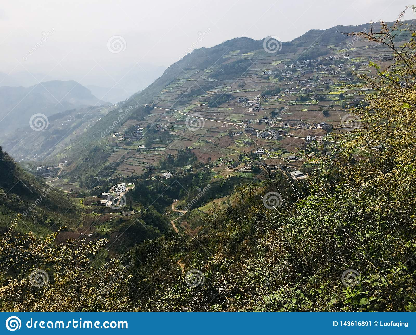 Atracciones turísticas del pueblo del día de fiesta del tangbashe