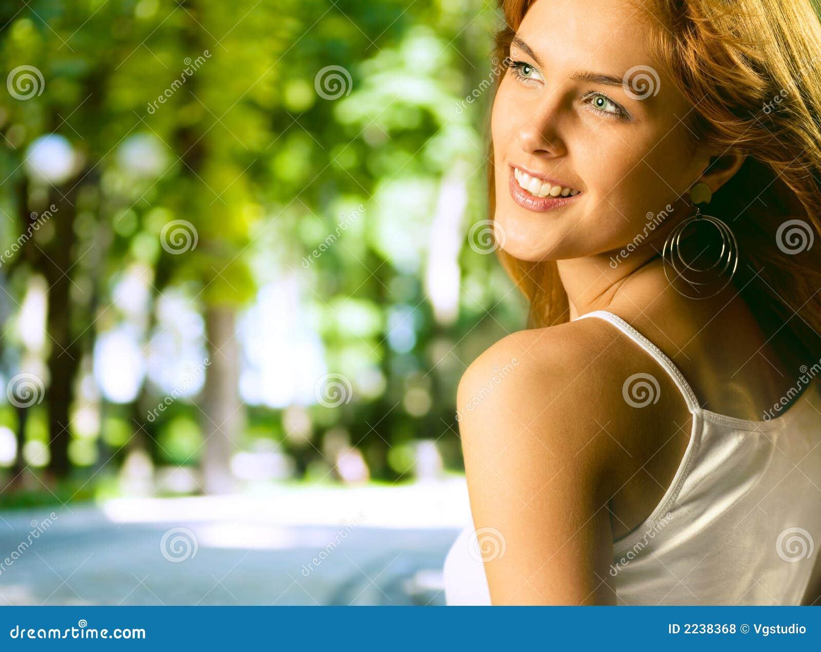 Atrakcyjne kobiety young