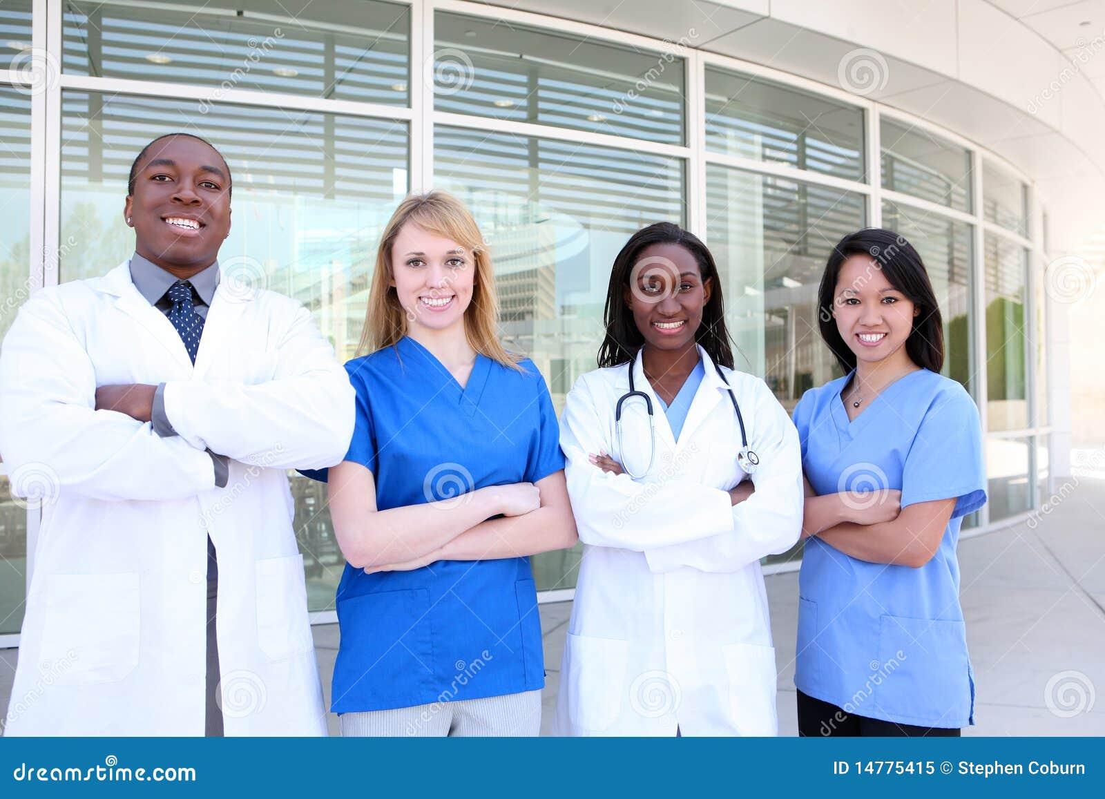 Atrakcyjny różnorodny zaopatrzenie medyczne