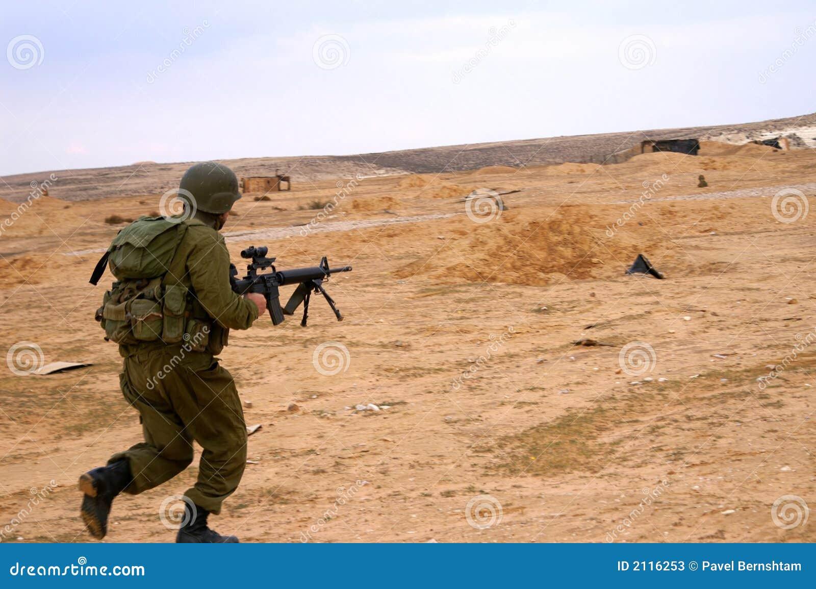 Attaque de soldats