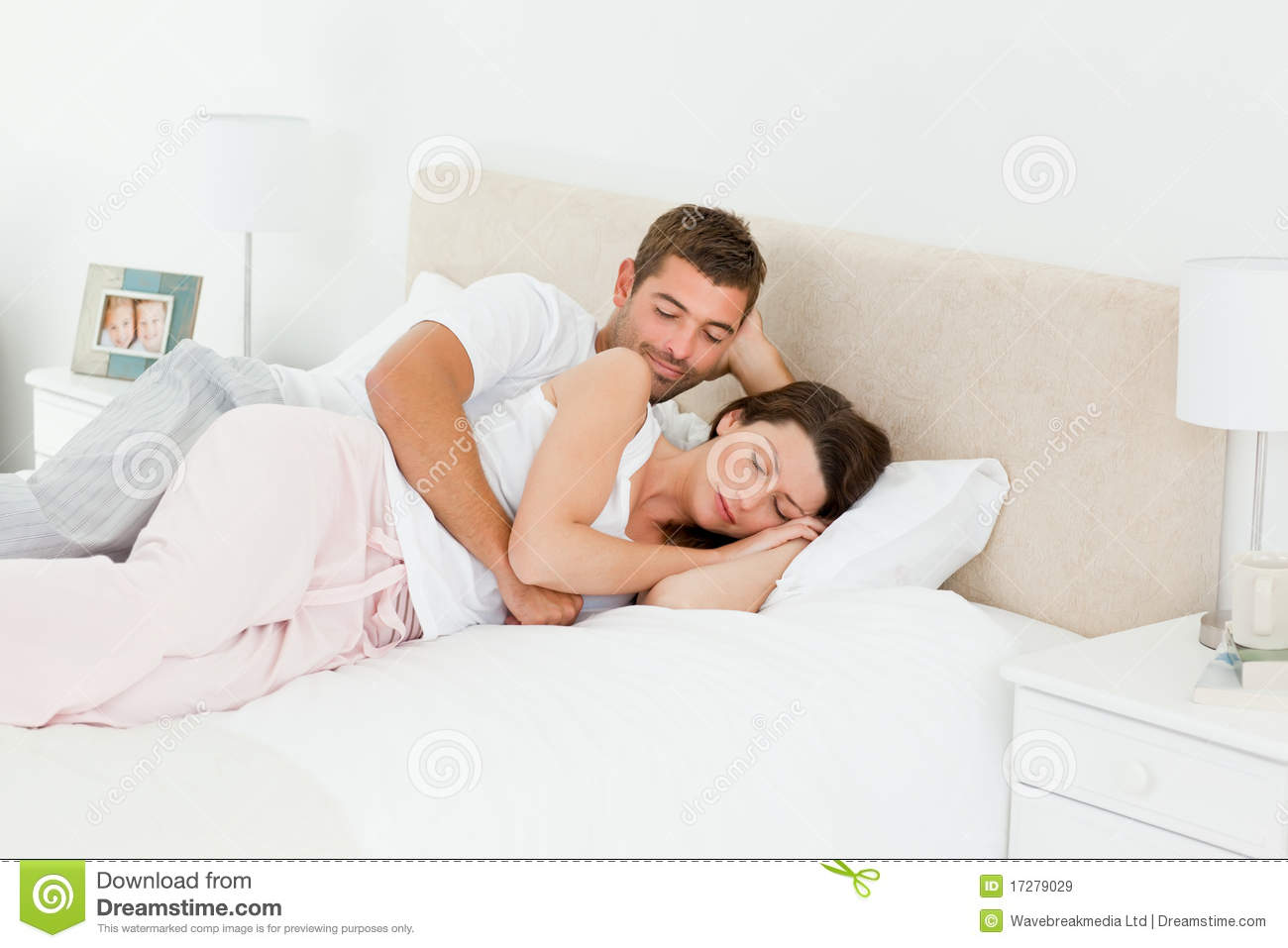 """dating but not sleeping together Is it ok to sleep over at my boyfriend if you and your guy are sleeping together without """"moving from dating to sleeping over to sleeping over a lot."""