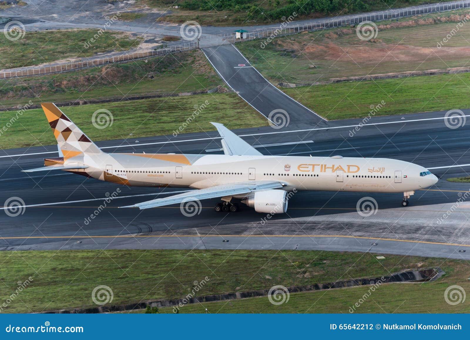 Atterrissage d avion d Etihad Airways à phuket