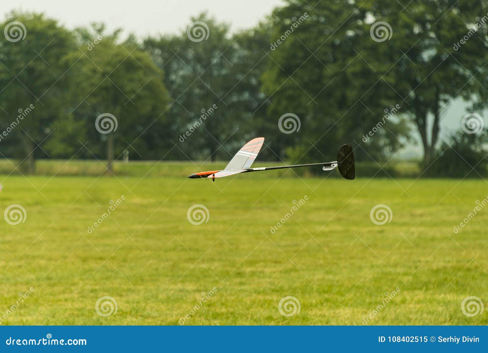 Atterrissage radioguidé de planeur