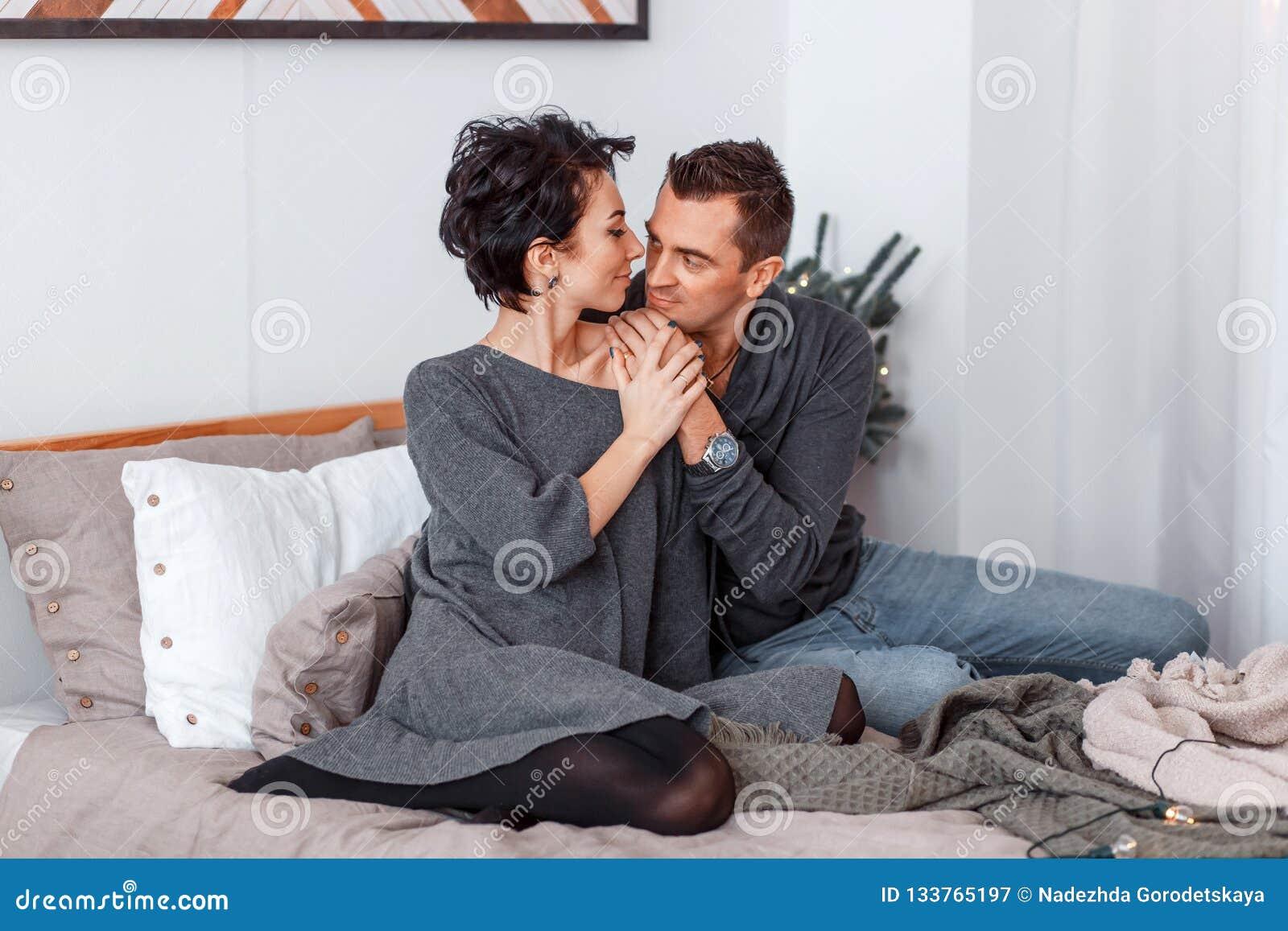 why men cuddle
