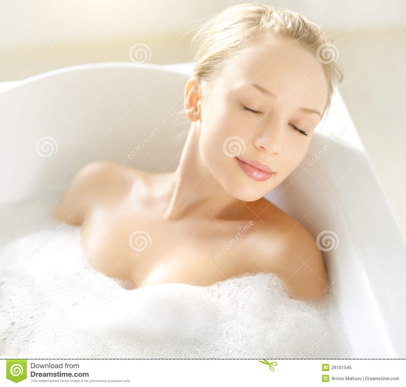 Bathroom Pic Girl: Attractive Girl Relaxing In Bath Royalty Free Stock Photo