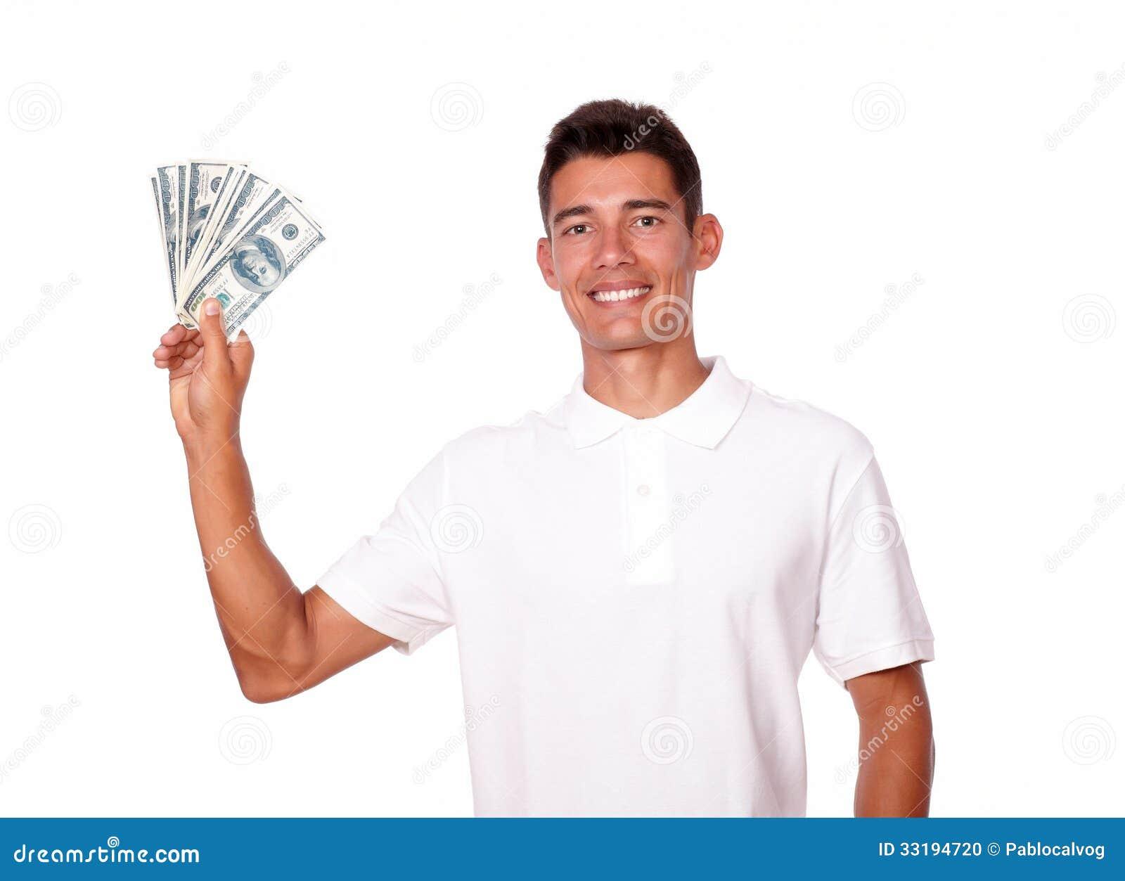 Муж держит все деньги в своих руках