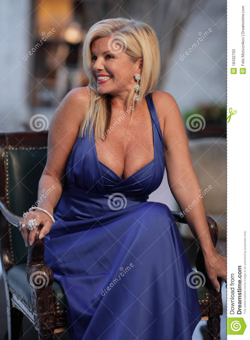 Hot middle aged women