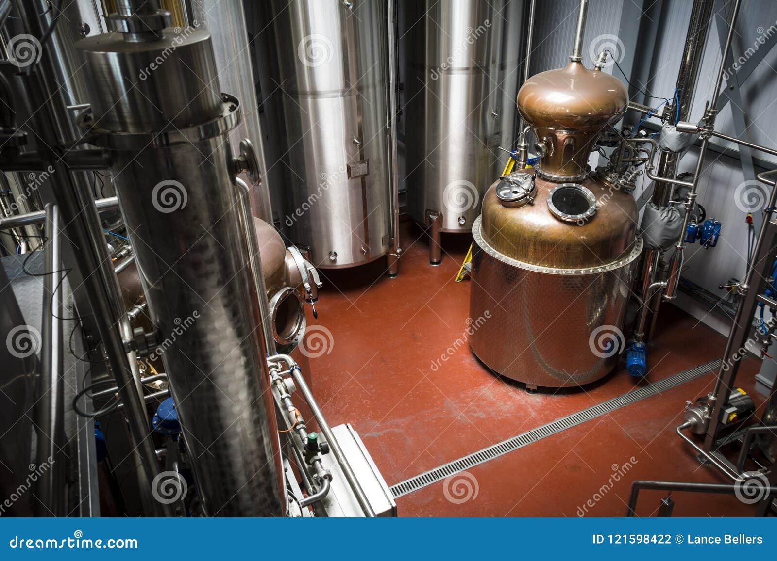 Attrezzatura della distilleria per produzione di vodka e di gin