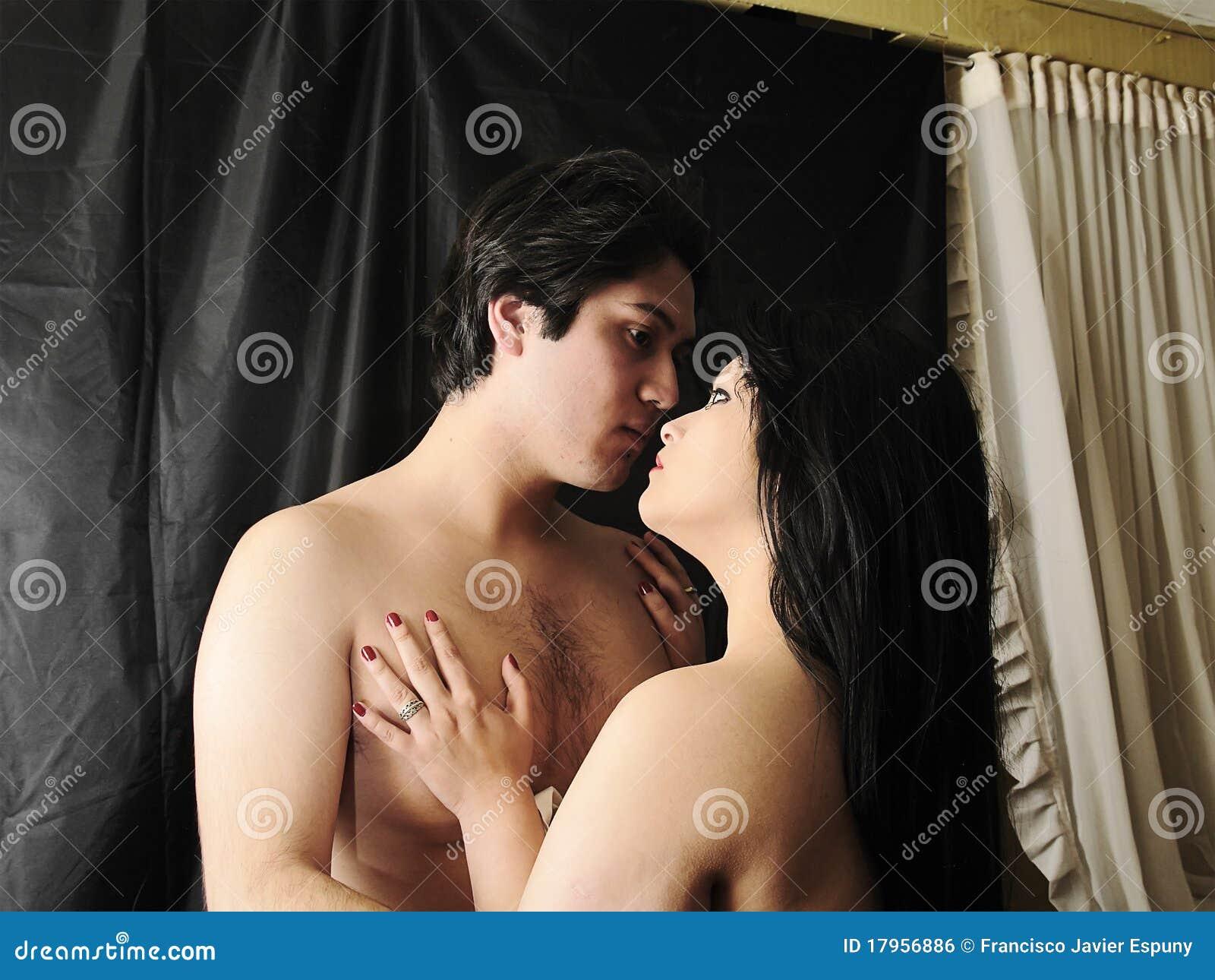au sujet de pour embrasser photo stock  image du amour