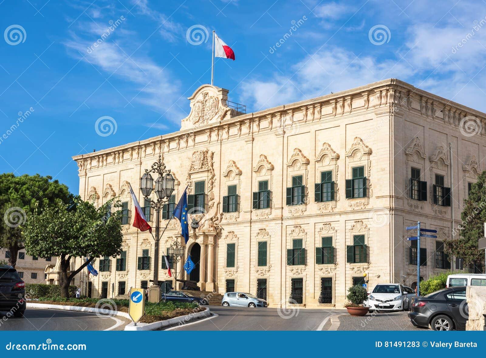 Ufficio Primo : Auberge de castille et palazzo di leon lufficio del primo ministro
