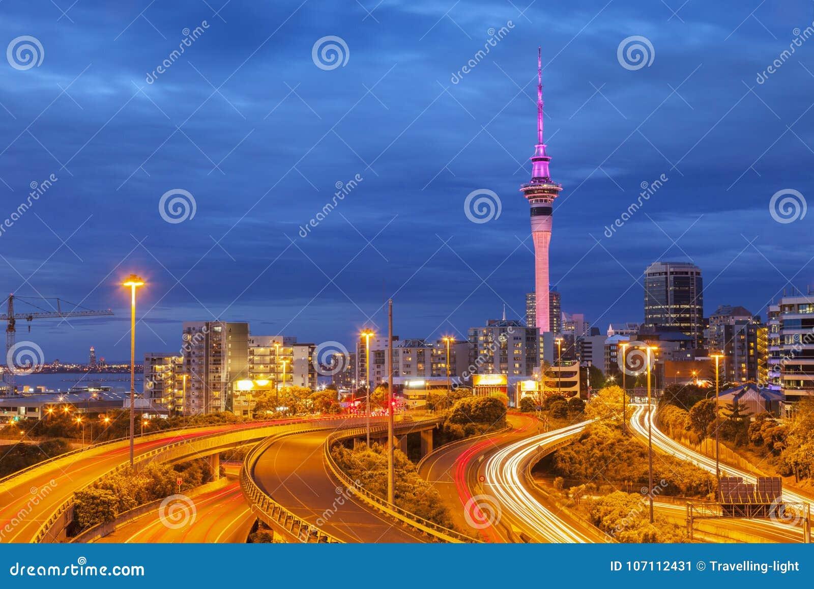 Auckland horisont och Motorway