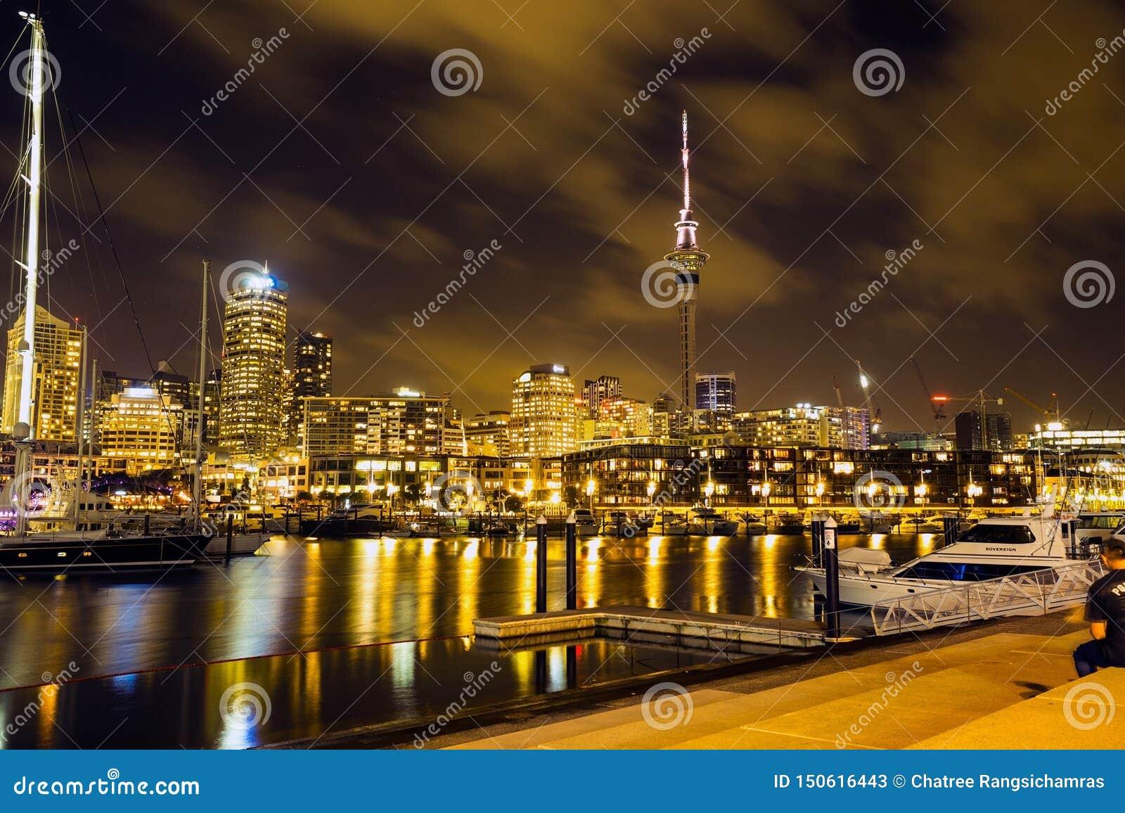 Auckland: Staden av seglar