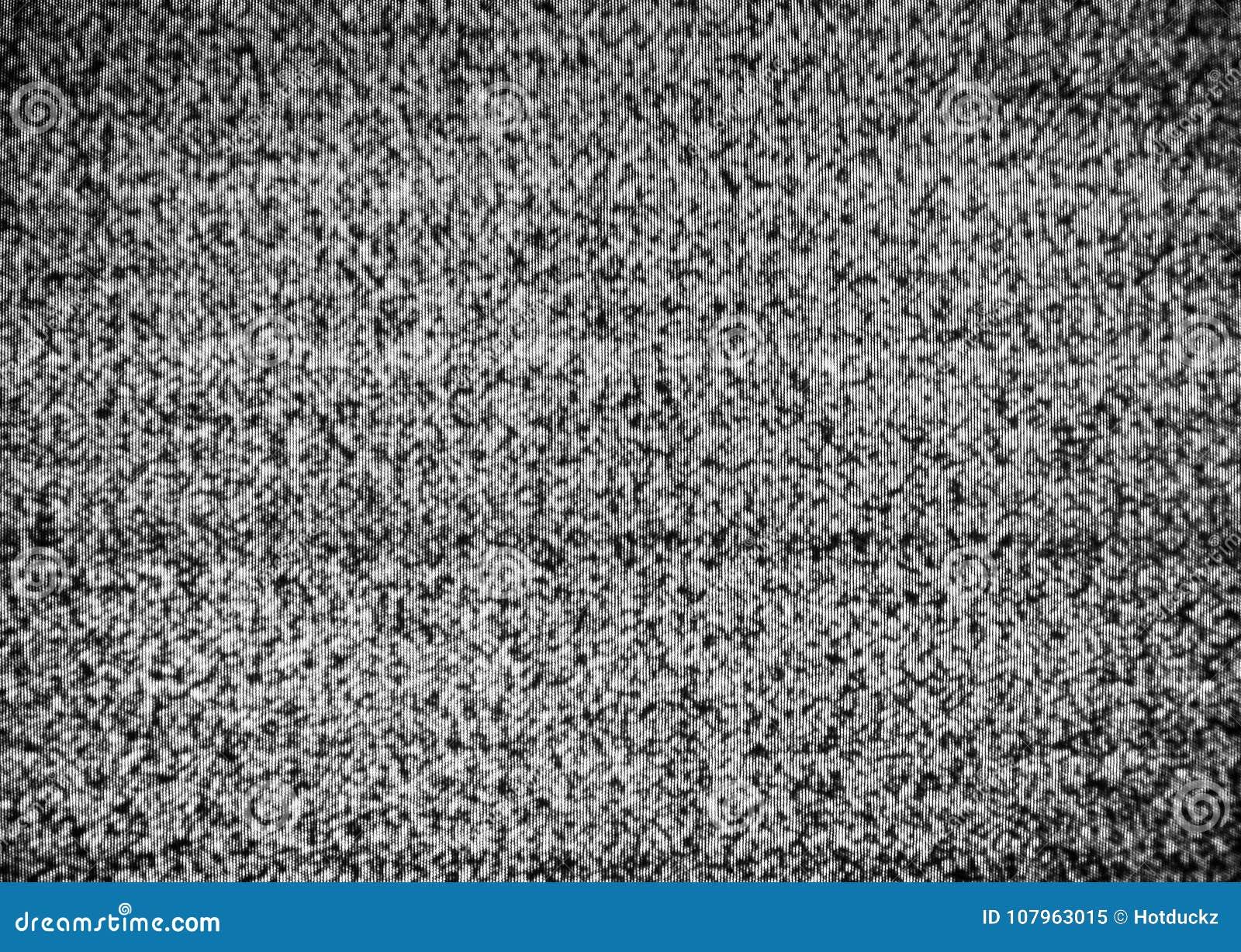 Aucune connexion Charge statique authentique sur un écran de TV avec la conversion noire et blanche