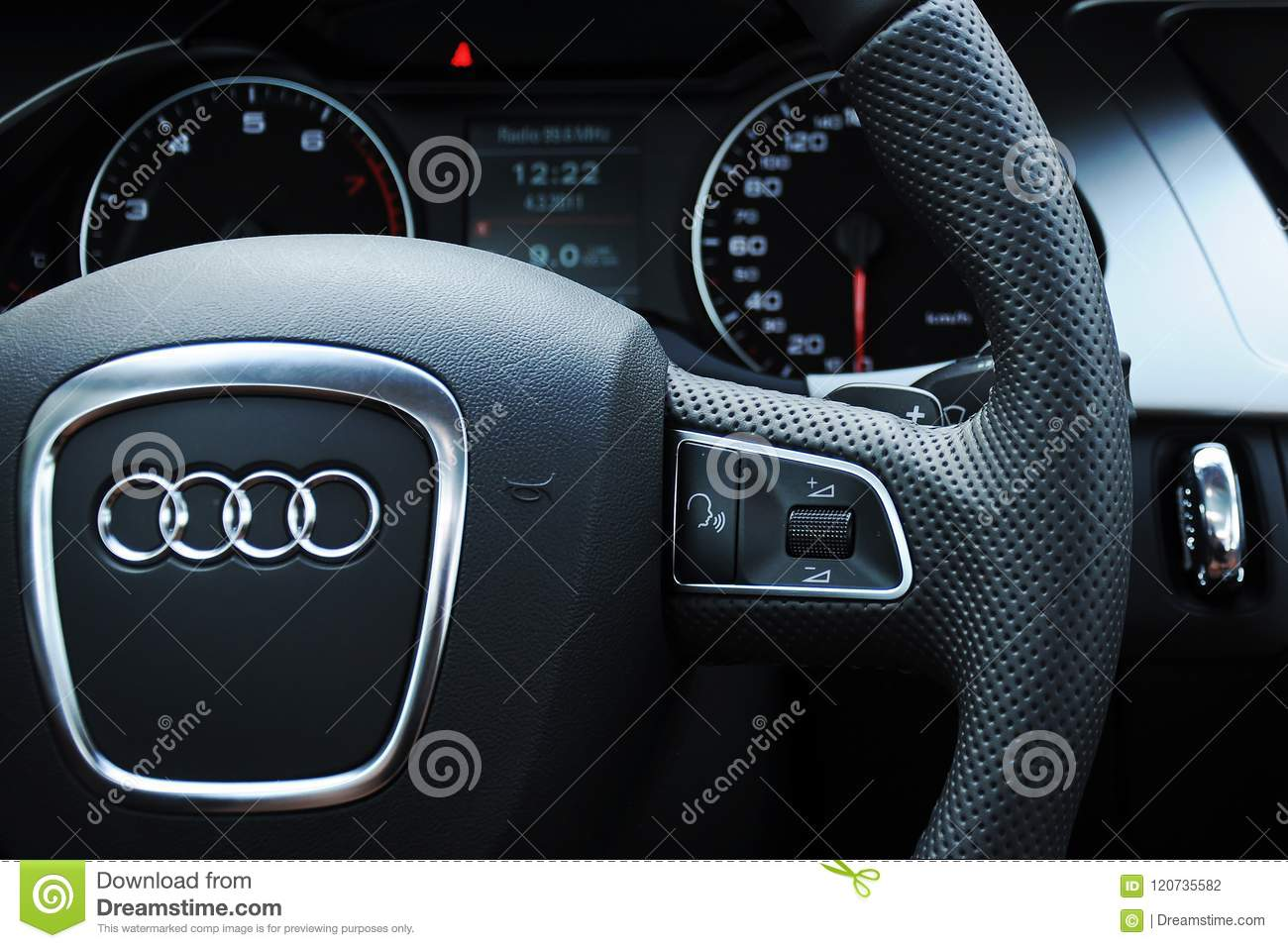 Audi a4 cockpit and steering wheel