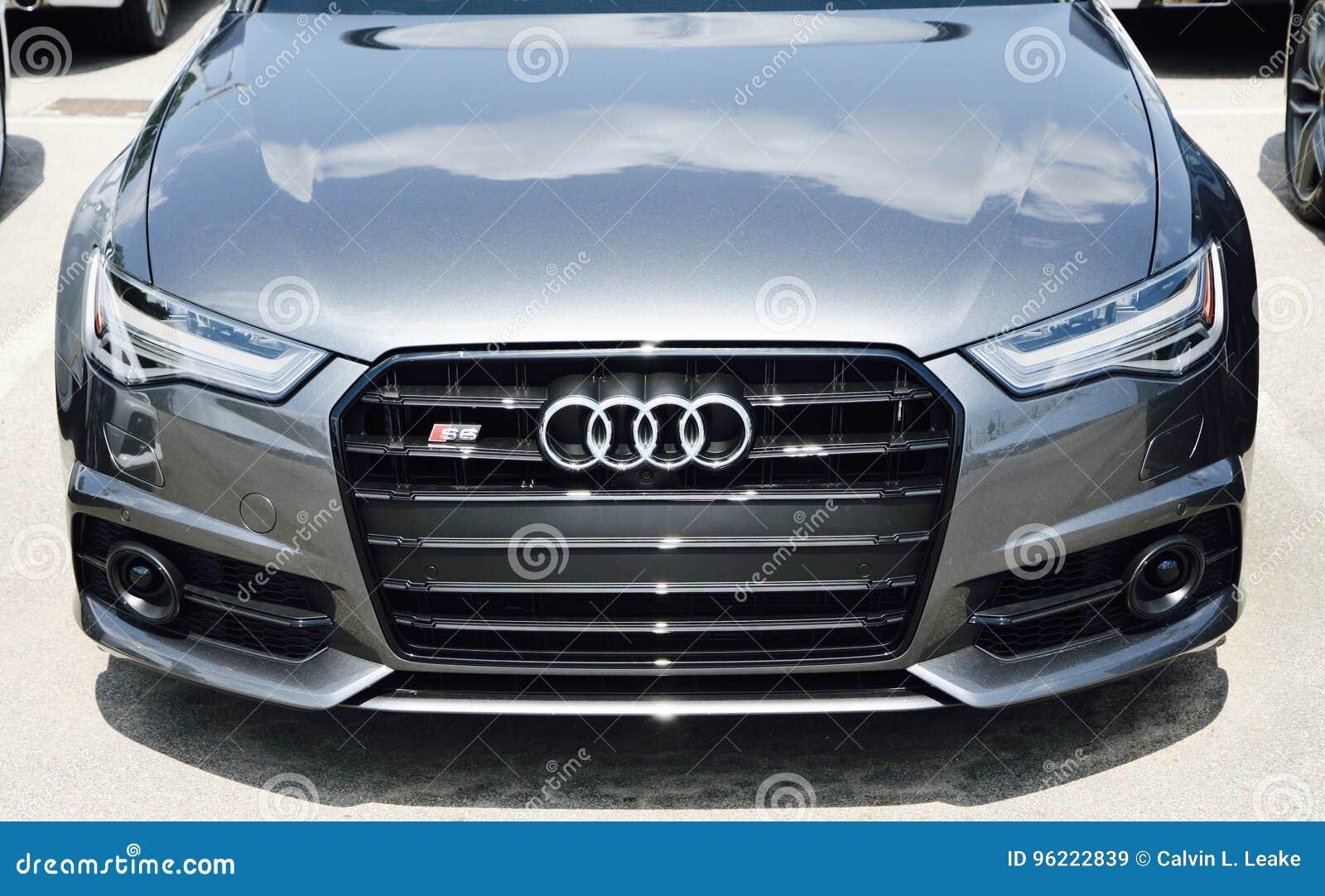 Audi A6 An Einem Auto Los Redaktionelles Stockbild Bild Von Zeichen