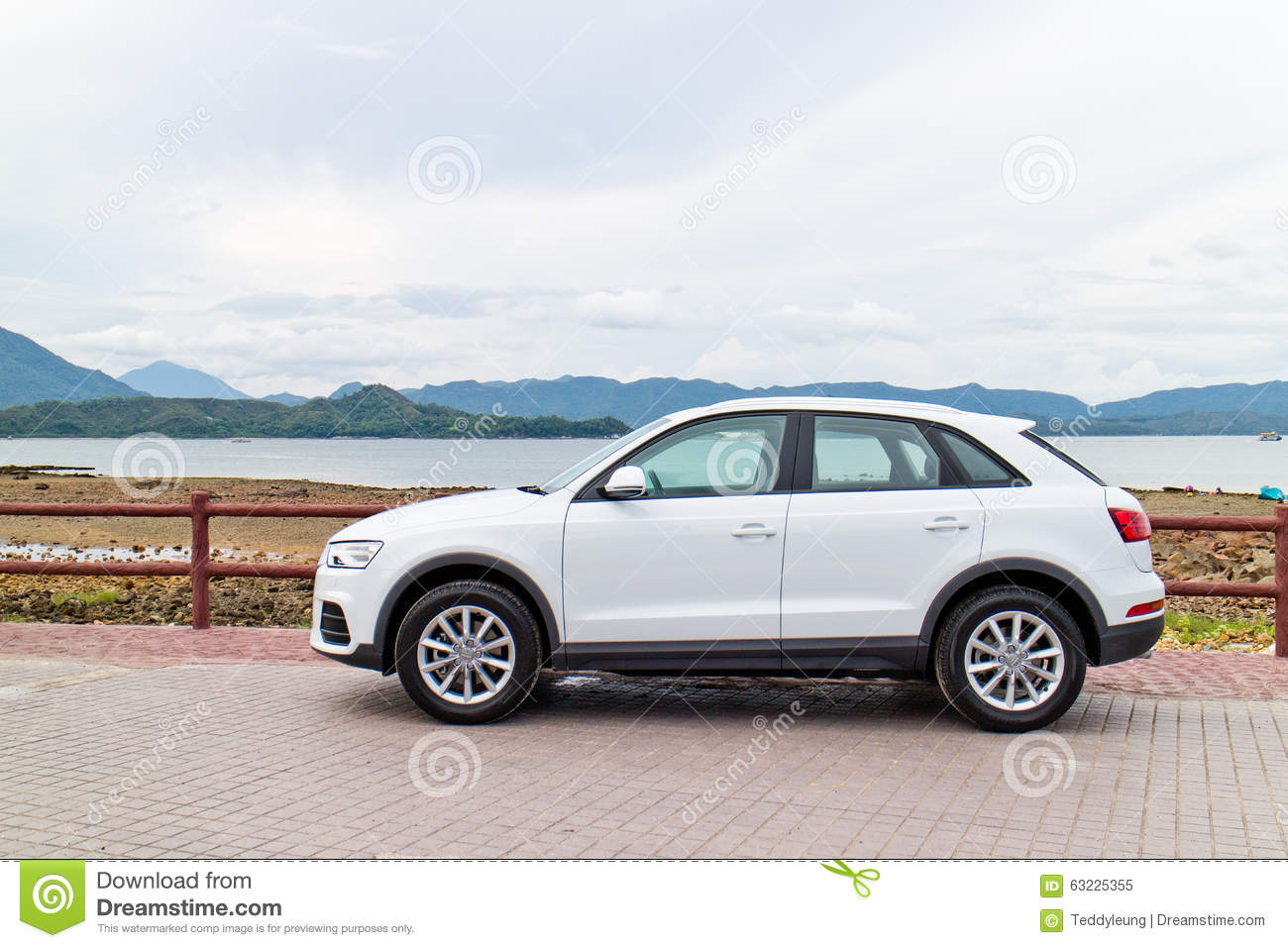 audi q3 facelift 2015 test drive day editorial image. Black Bedroom Furniture Sets. Home Design Ideas