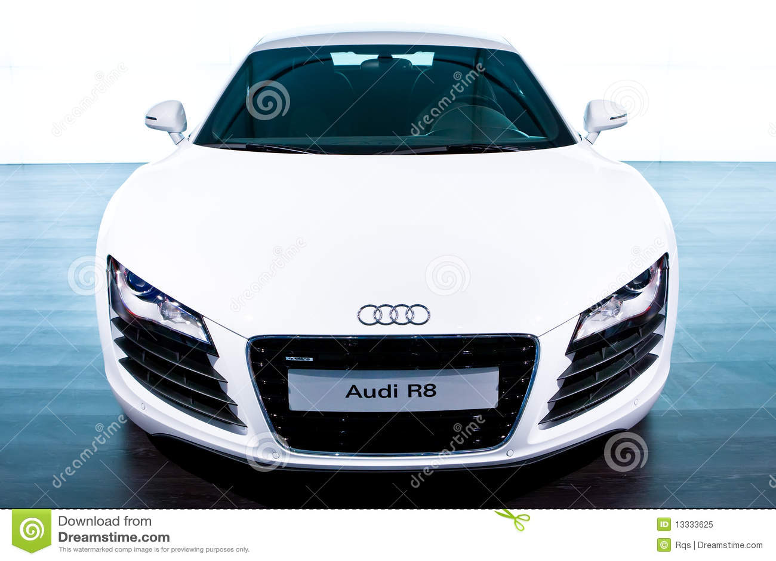 Audi samochodu r8 sporta biel
