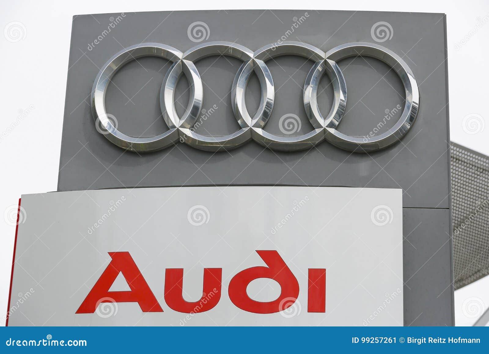 Audi Zeichen Stock Photos - Download 680 Images