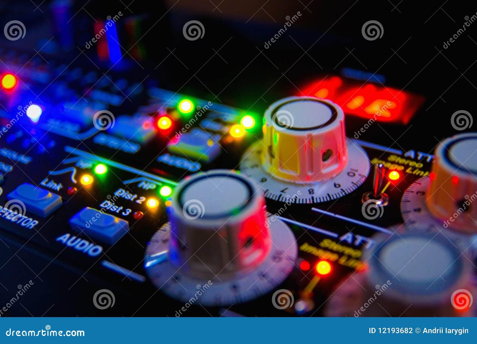 Audio het mengen zich console