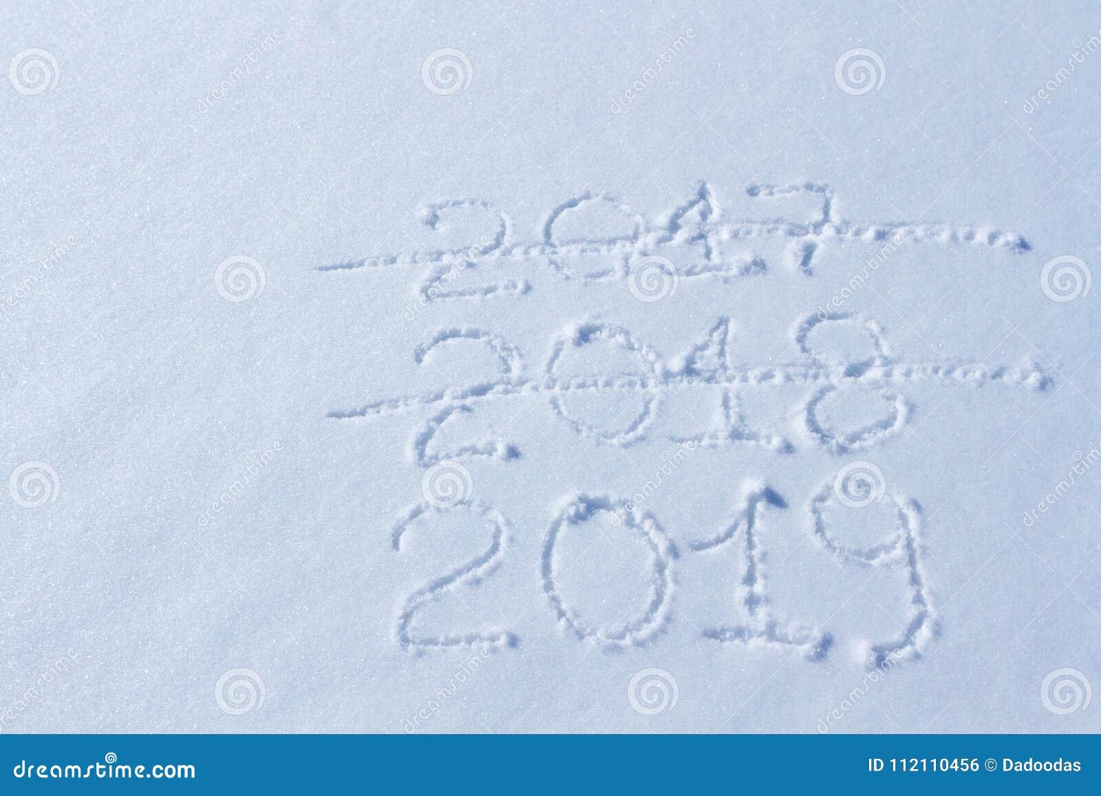Weihnachten 2019 Schnee.2019 Auf Dem Schnee Für Das Neue Jahr Und Das Weihnachten Stockfoto
