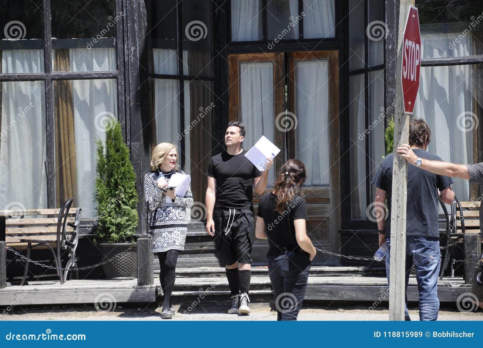 Auf der Standort ` Schitt-` s Nebenfluss ` Filmwiederholung, die Kanadisch-amerikanische Schauspielerin, ` Hara Catherine O und K