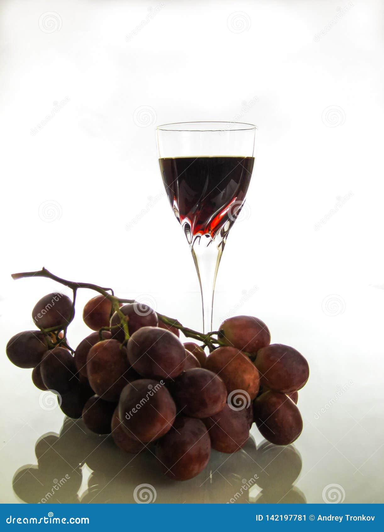 Auffrischung und klarer Rotwein