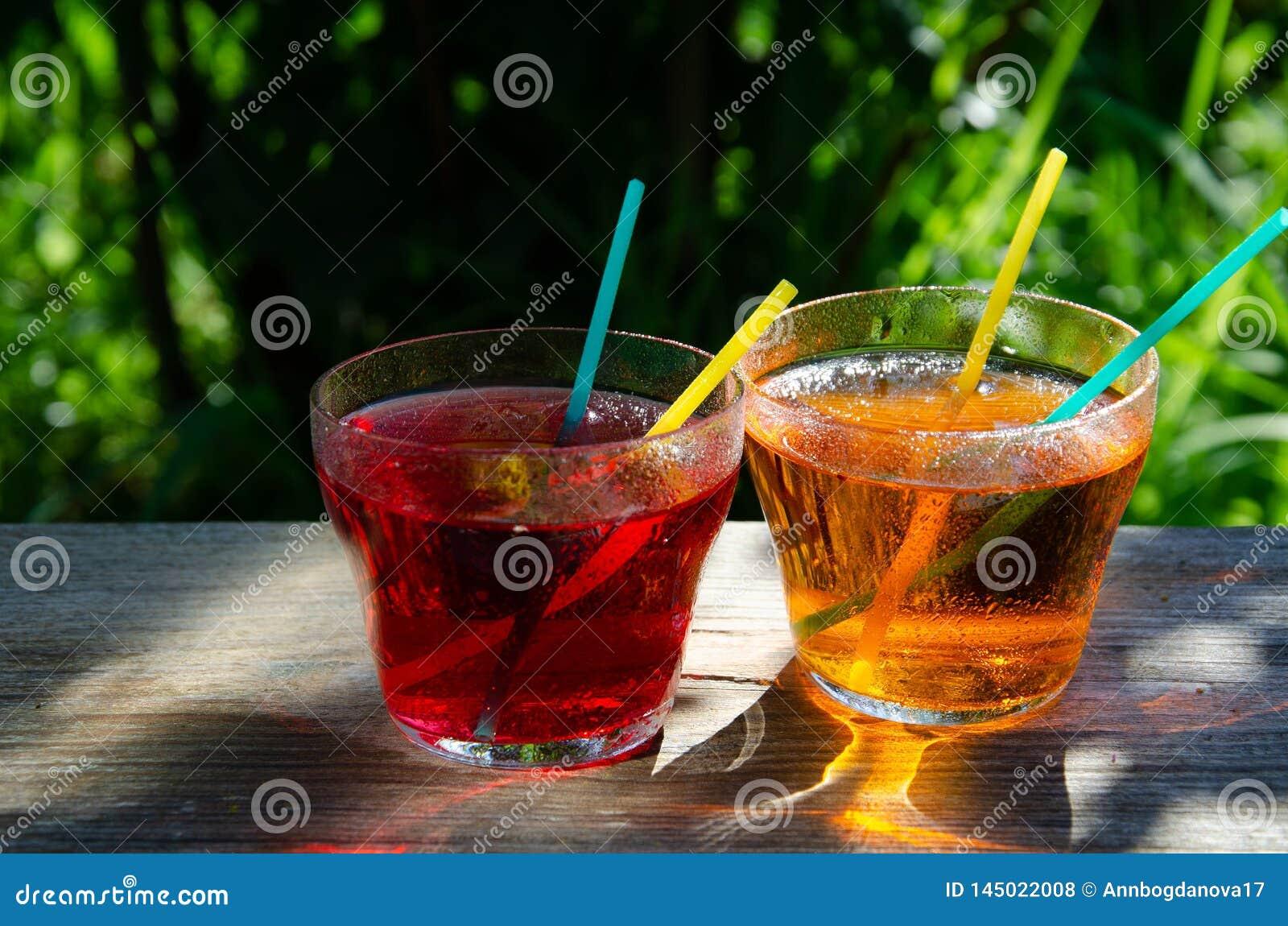 Auffrischungsapple und Cherry Juice