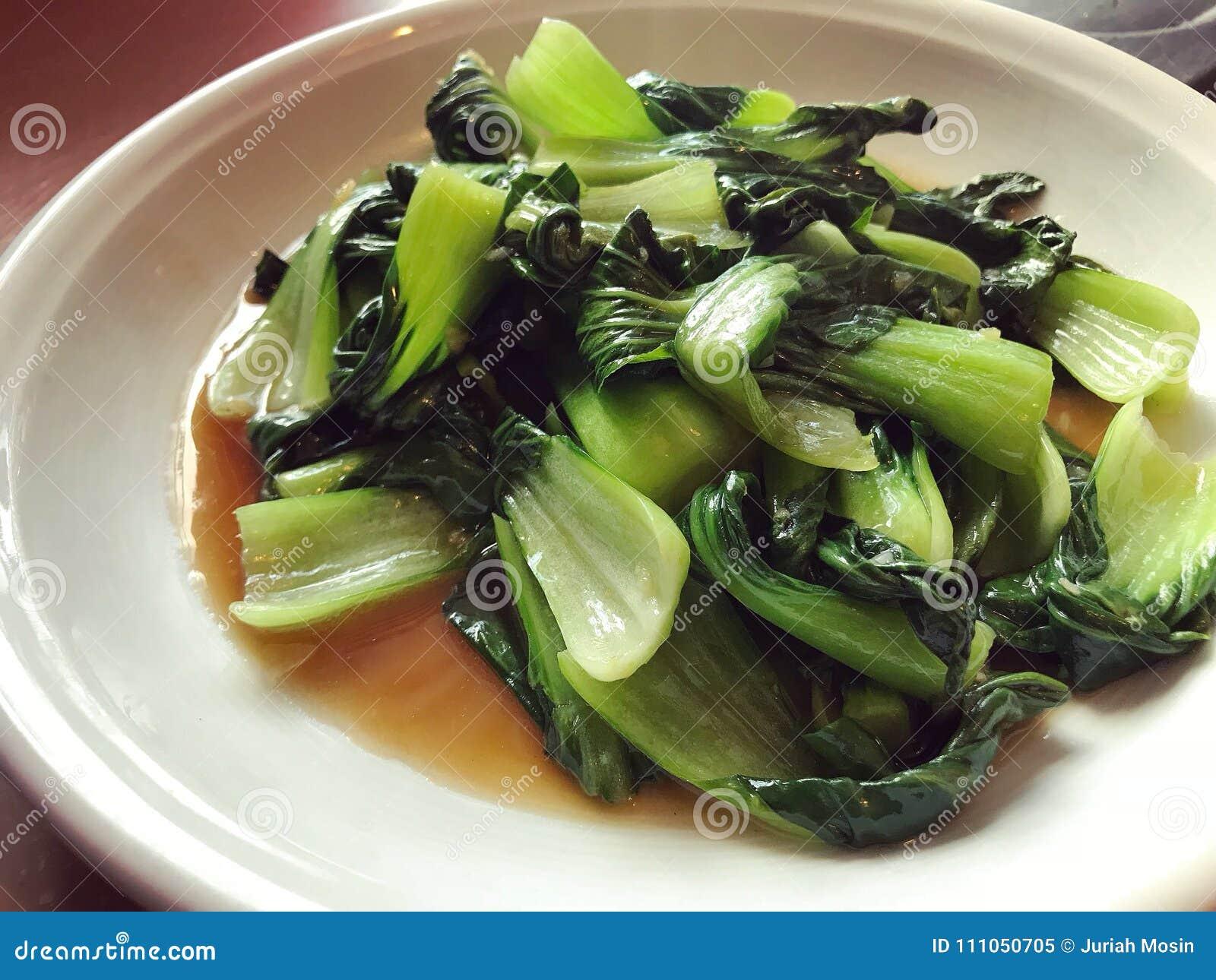 Aufruhr gebratenes chinesisches Gemüsenai bai