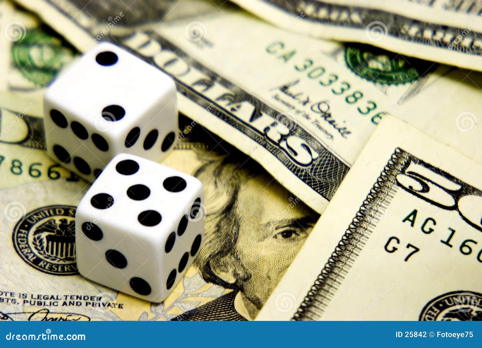 Download Auge auf dem Geld stockfoto. Bild von ernstlich, dividenden - 25842