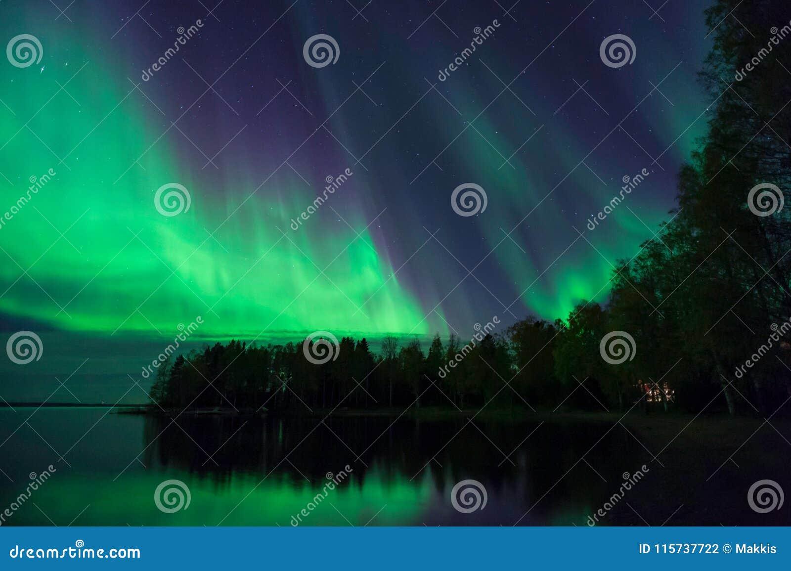 Aurora Borealis, Noordelijke Lichten, in Finland