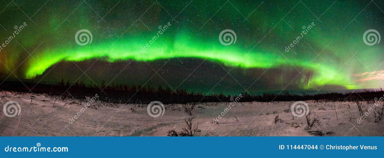Aurora BorealisNorthern Lights Panorama från Fairbanks Alaska