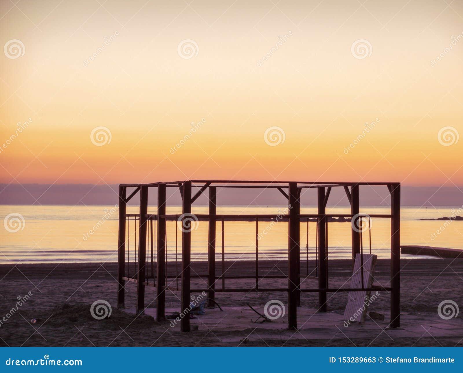 Aurora Hermosa En El Mar Adriático Imagen De Archivo Imagen De Hermoso Playa 153289663