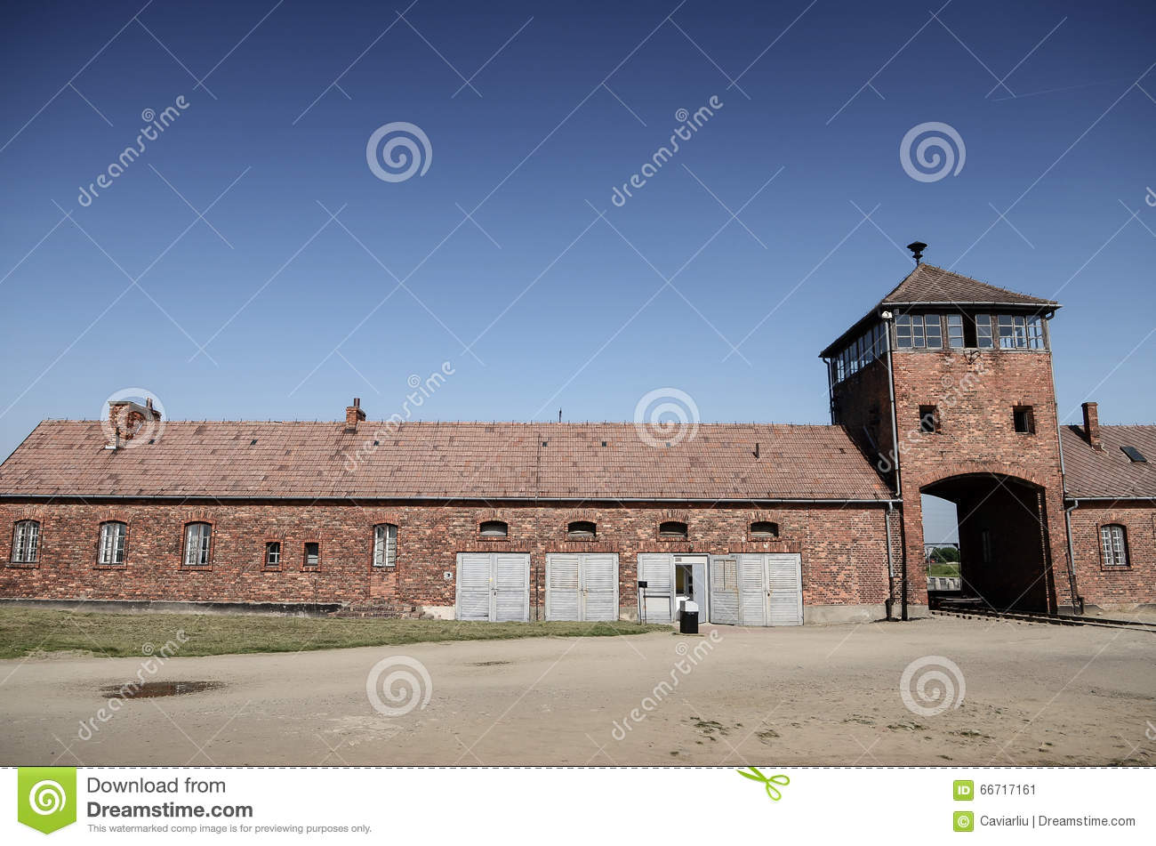 auschwitz the overview of a concentration The most important german nazi concentration and death camp, seen after the war as a symbol of the entire holocaust machine auschwitz was established in mid-1940.