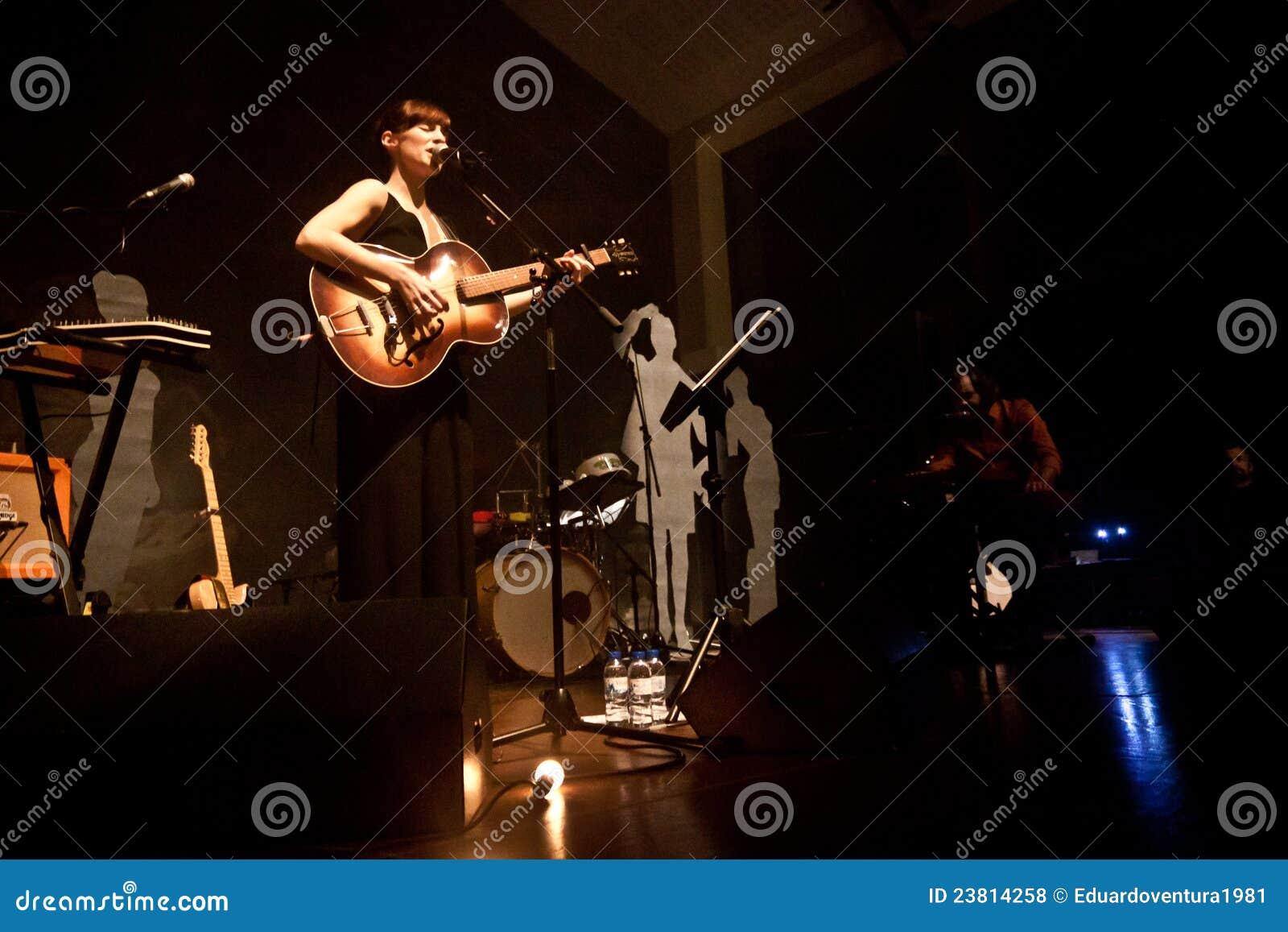 Ausführung Rita-Redshoes Phasen bei Teatro São Luiz