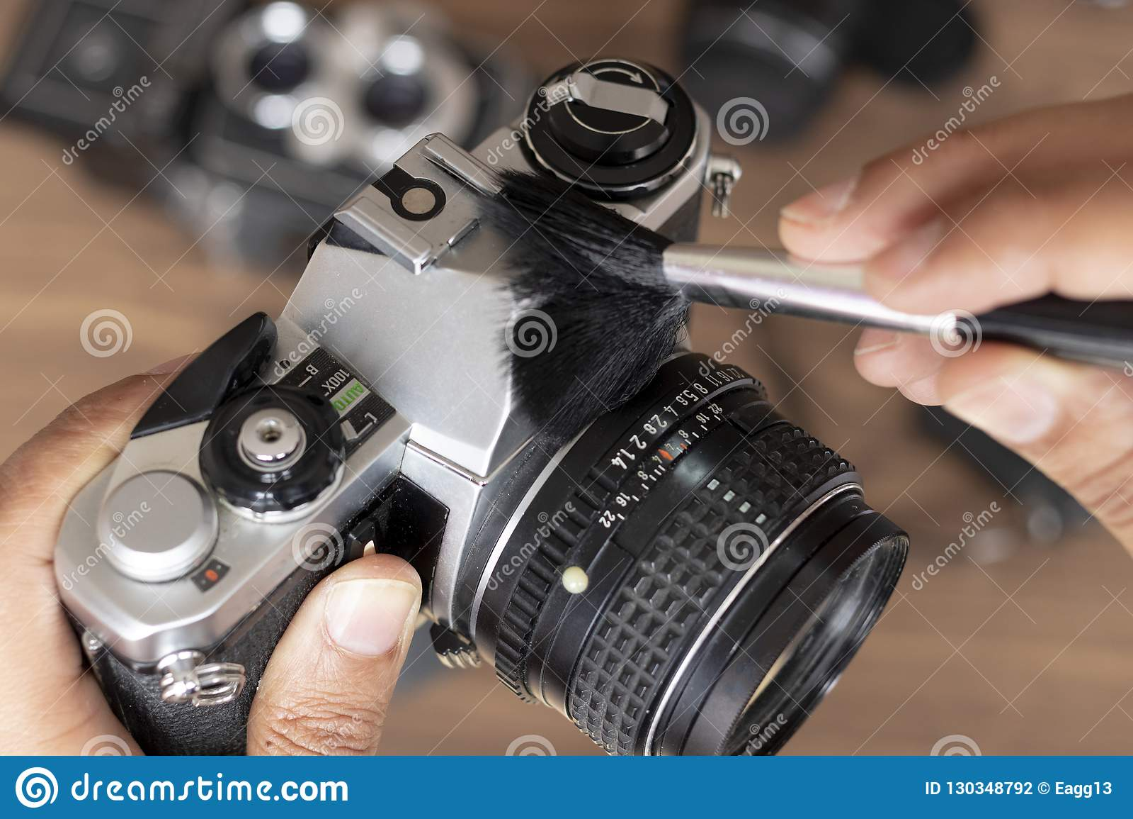 Ausführung von Reinigung der Weinlesefotokamera