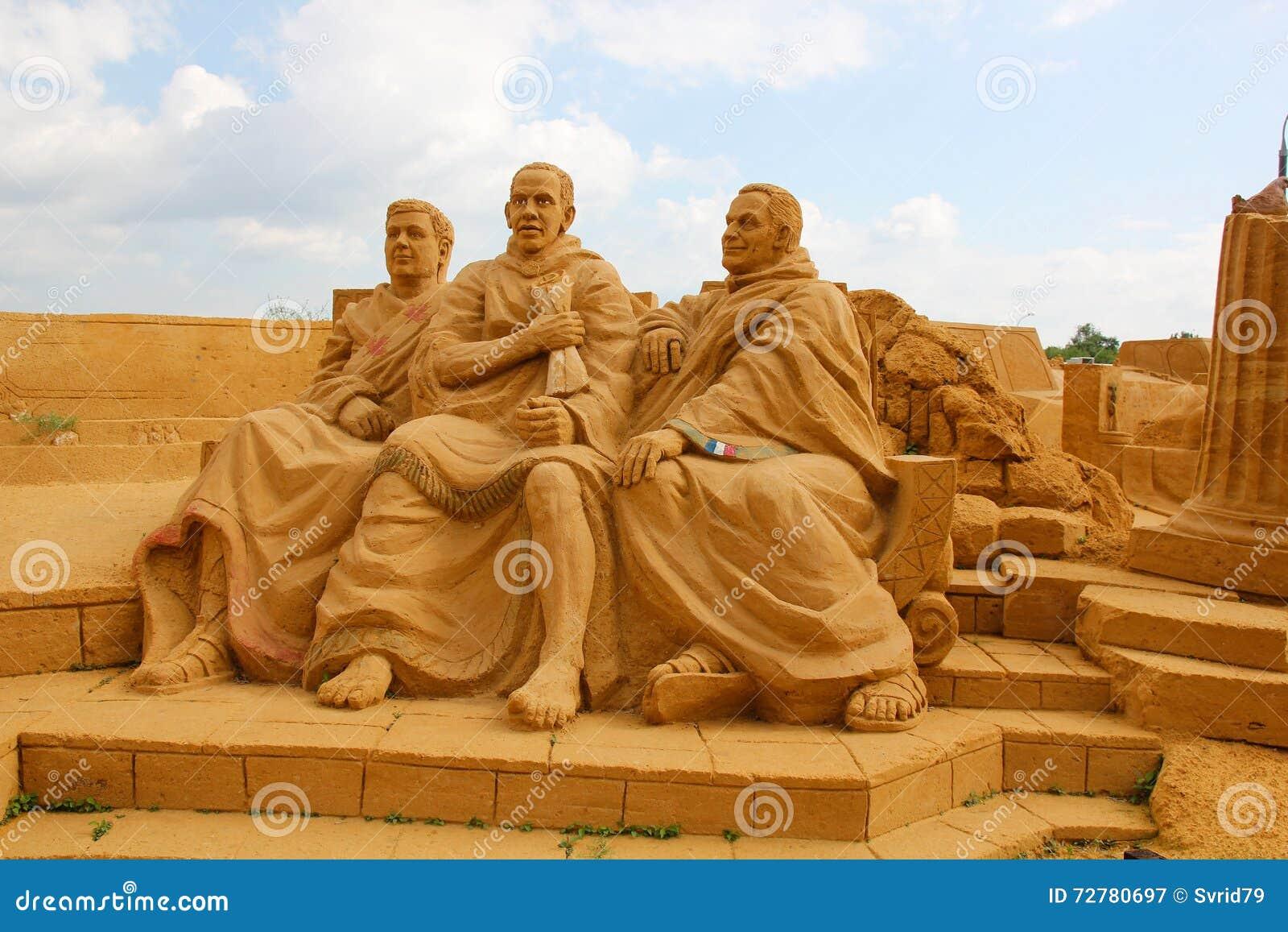 Ausstellung von Sandskulpturen Römischer Senat