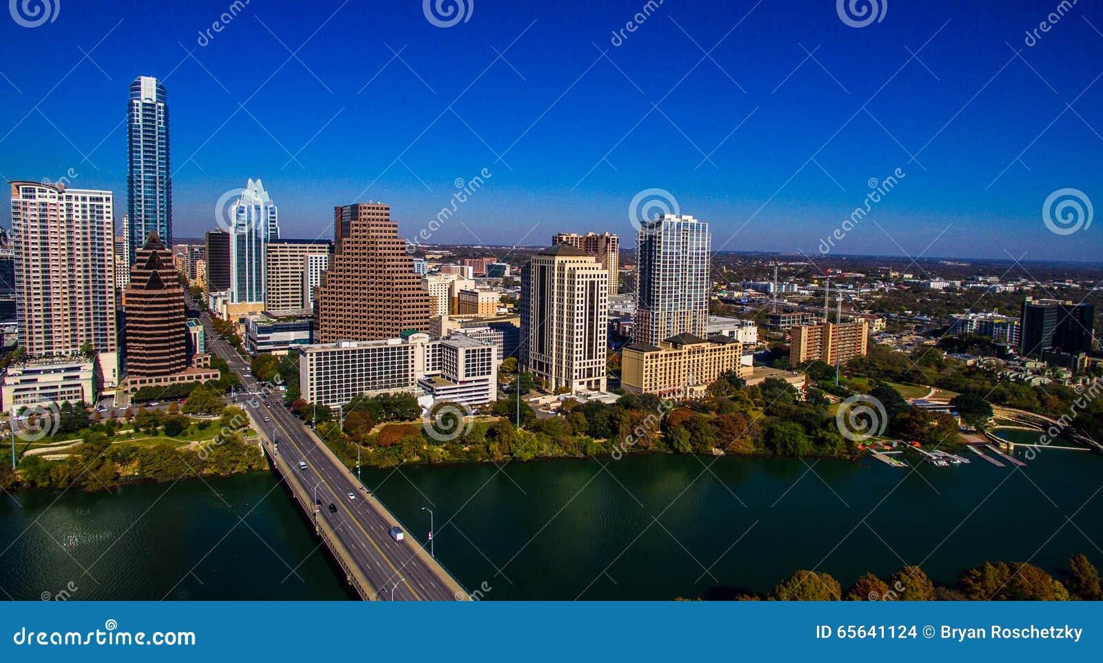 Austin Texas Skyline South Congress Bridge aérien semblant est