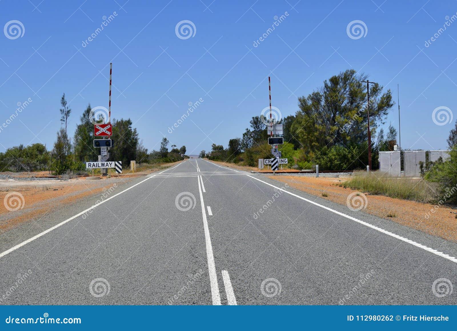 Australia, Railway crossing