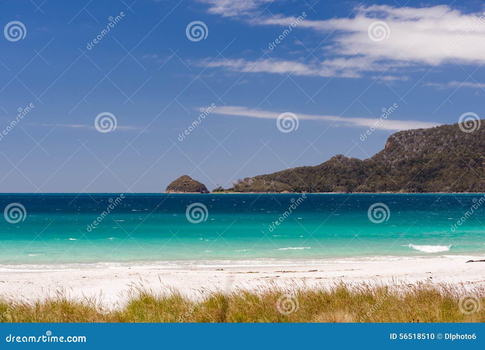 aussie school girls at the beach
