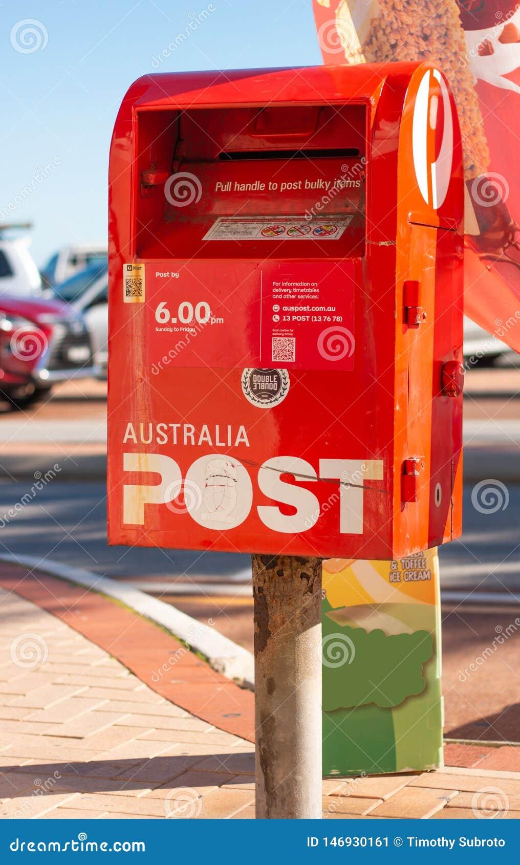 Australien-Posten-Briefkasten in einer Straße