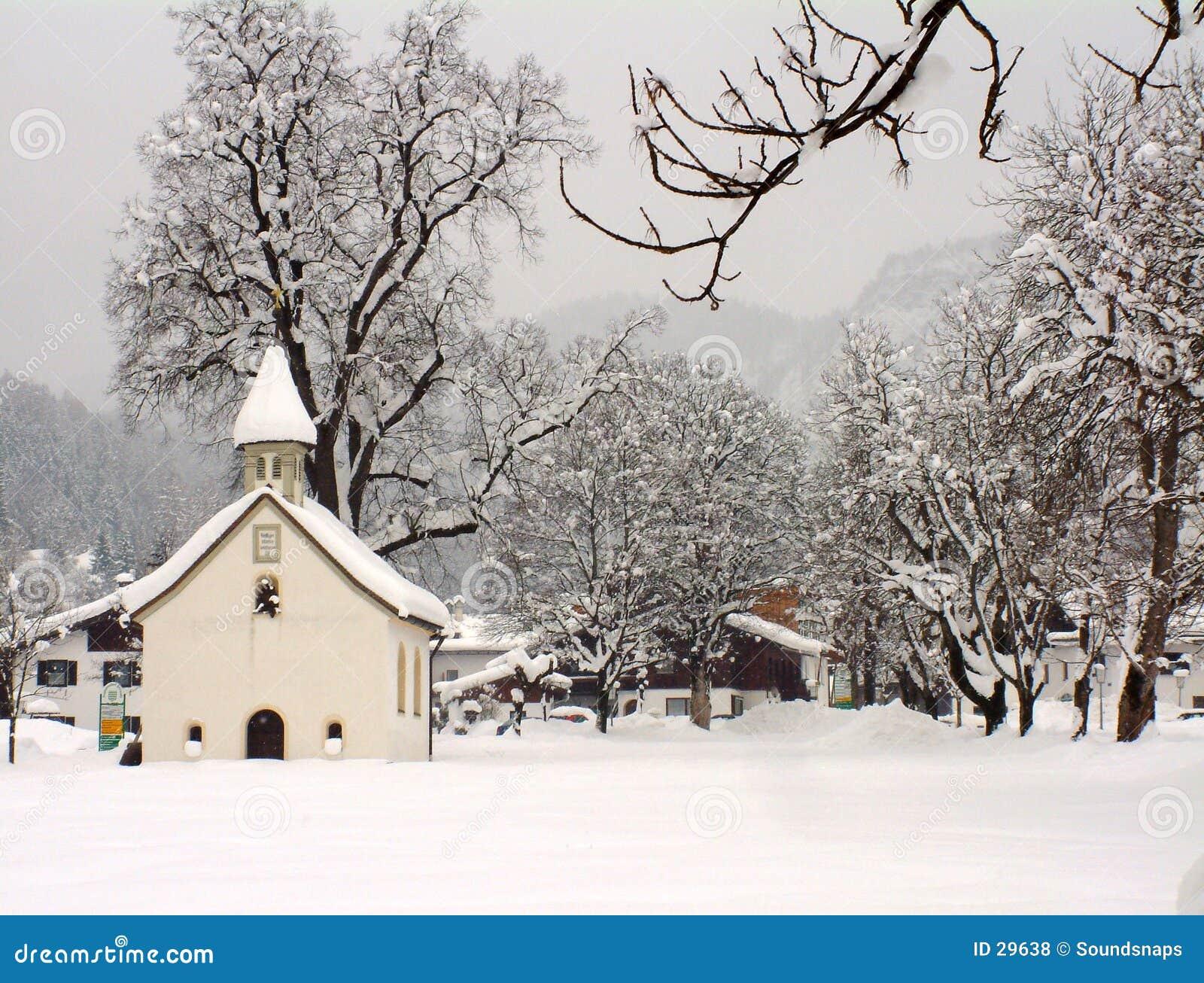 Austriacka kaplicy zimy.