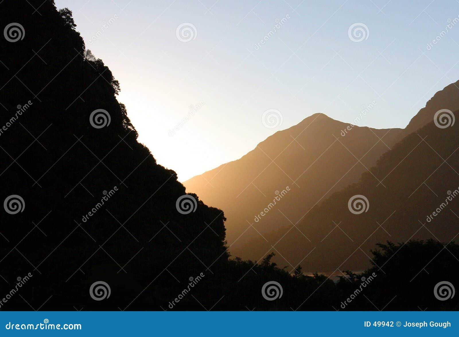 Auszug, Berge