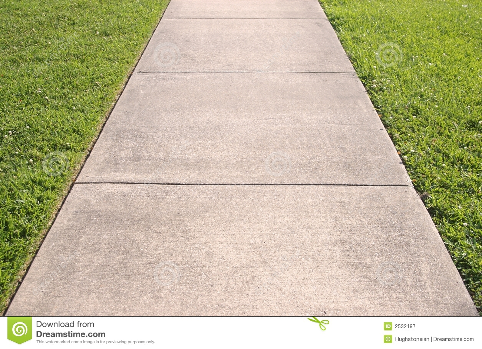 Auszug des Bürgersteigs und des Grases