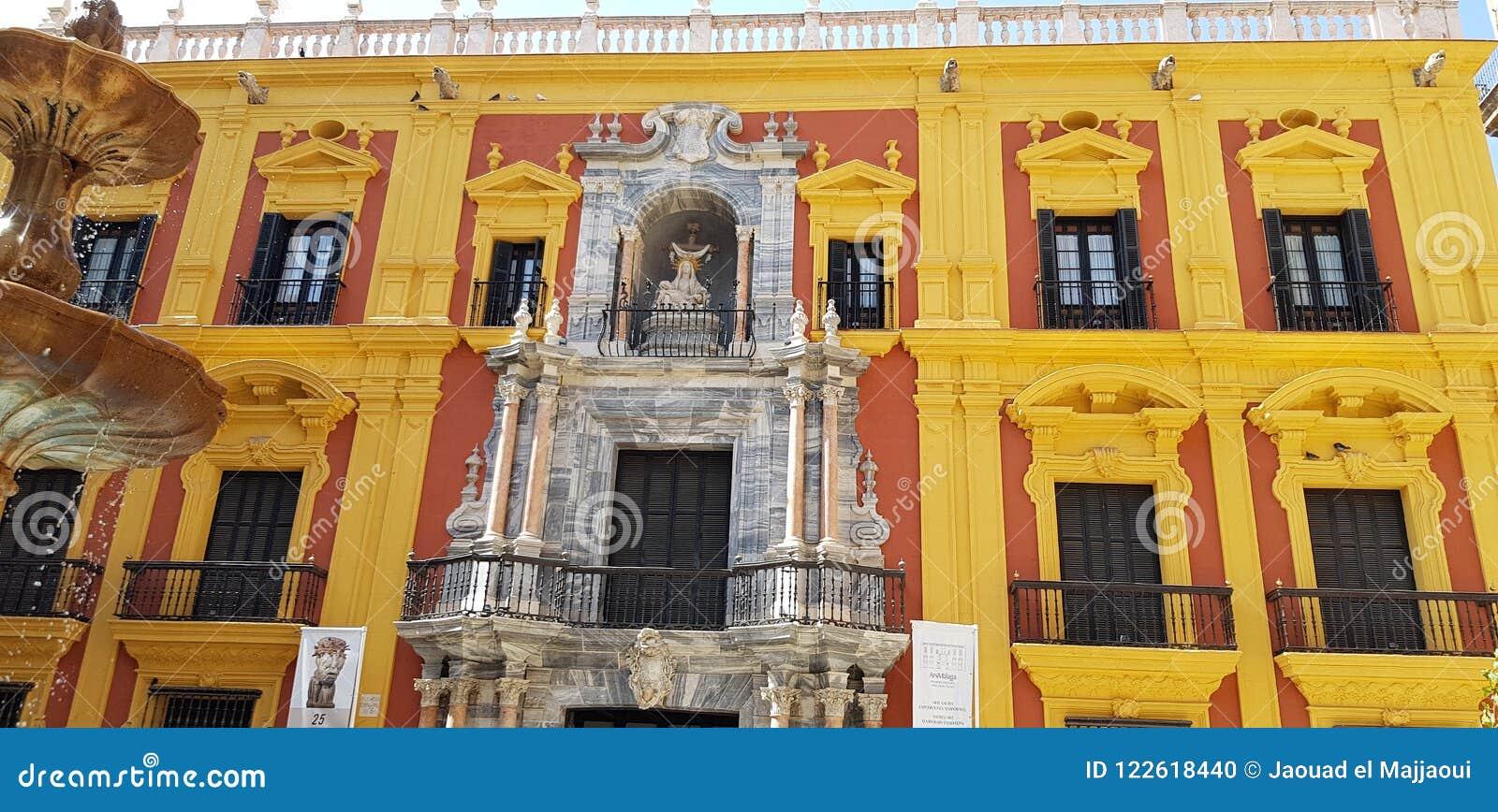 Autentyczny budynek w Spain