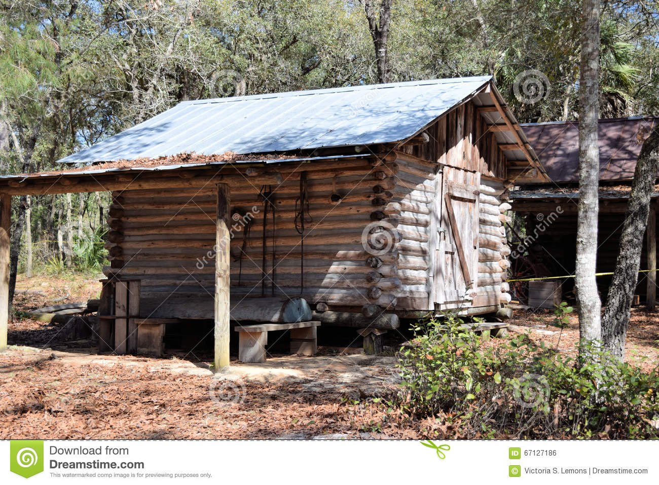 Pioneer Log Cabin Stock Photo Image 67127186