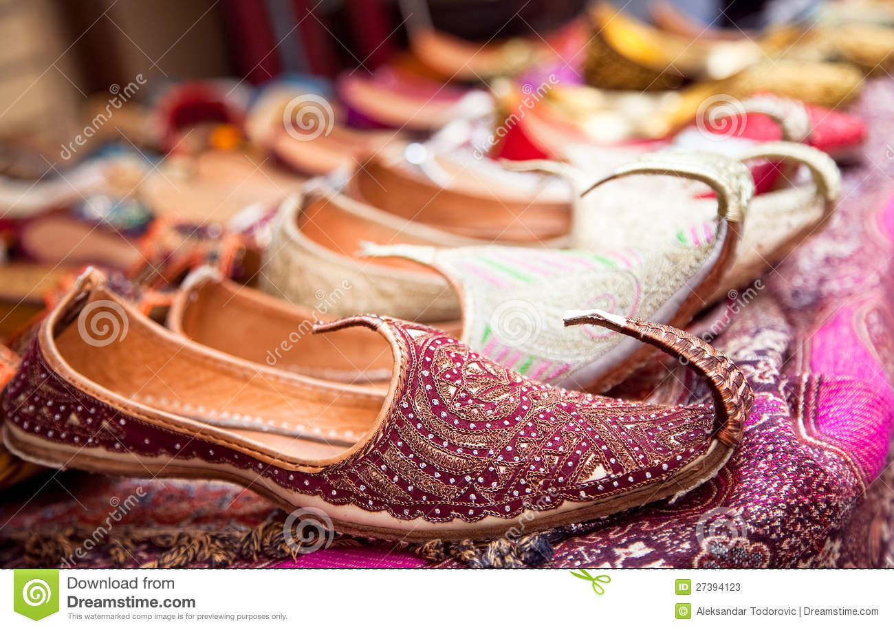 c612829528ff Authentic Iranian Woman s Shoes In Vakili Bazaar Stock Image - Image ...